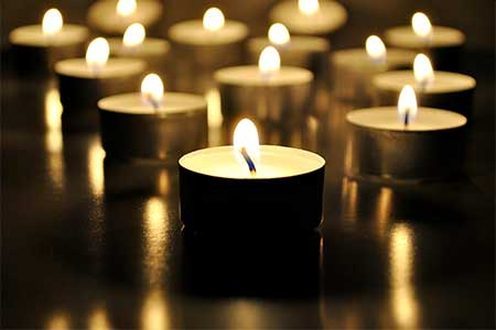 Humanist funeral ceremonies - photo of tealight candles